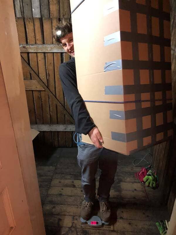 robin mit den paketen für ysu